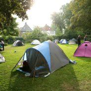 Anmelden für Zelten mit Nachtschwimmen im Park